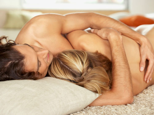 539fcde19ec99_-_cos-06-sexy-naked-couple-hugging-touching-de