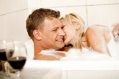 couple-taking-a-bath040110